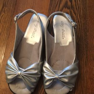 Easy Street Silver Sandals